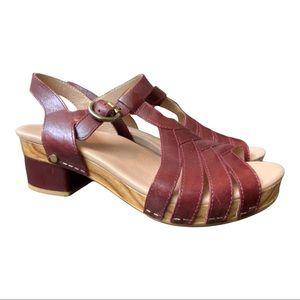 Dansko New Women's Sandal Mara Mahognay Red size 38